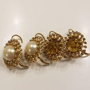 2pairs of Banana Republic earrings
